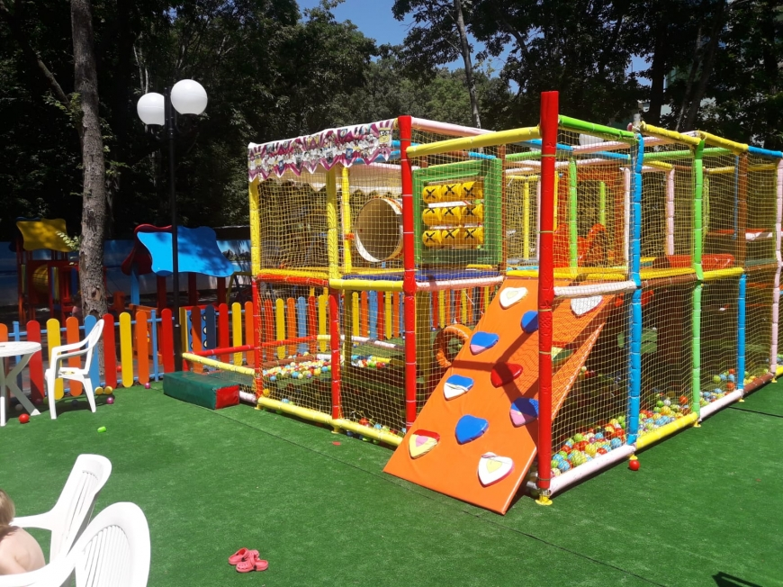"Children Fun Centre ""Gymboree"""